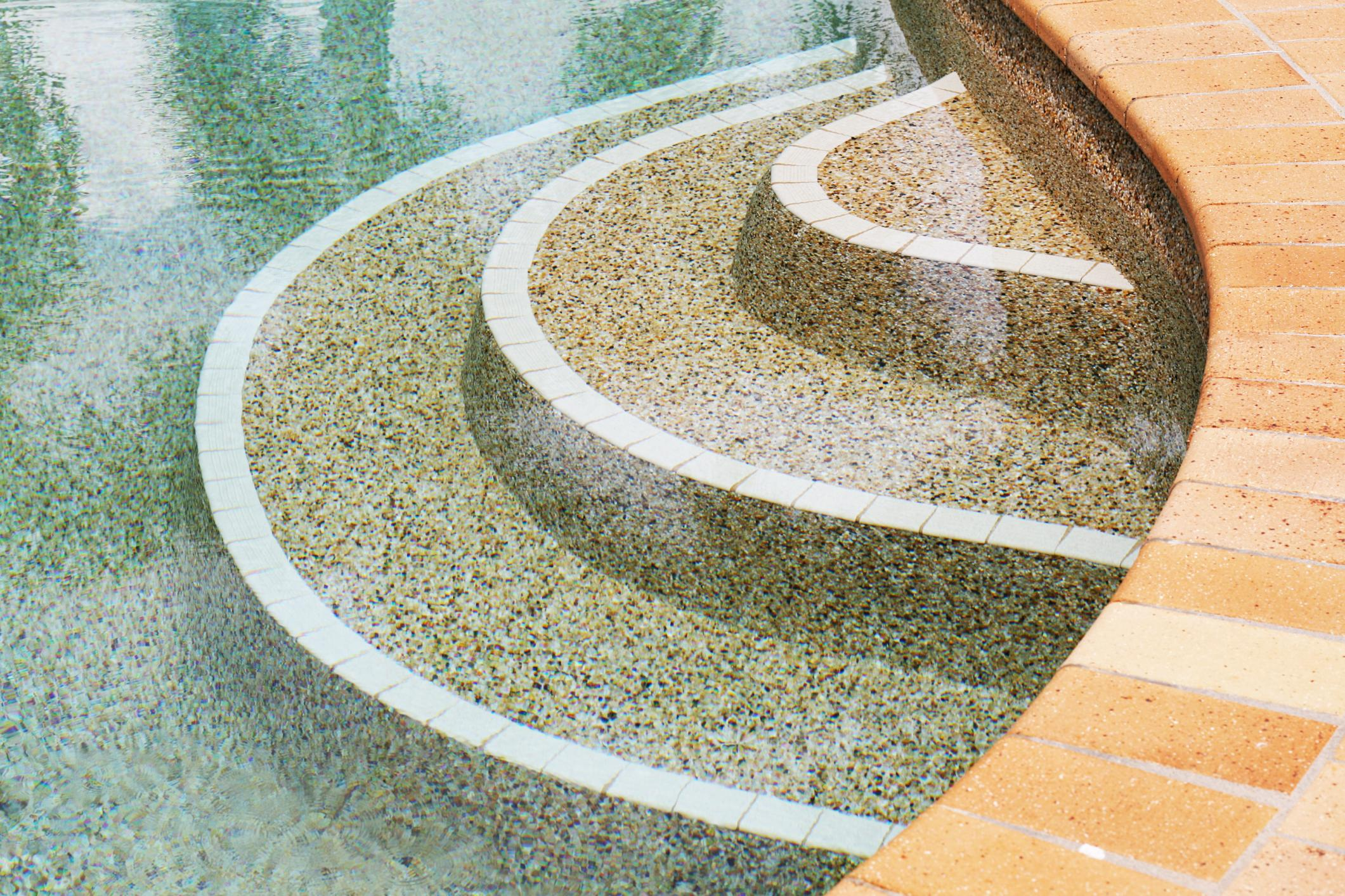a nice looking pool stairs